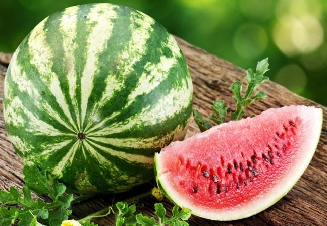 арбуз - фрукт или ягода