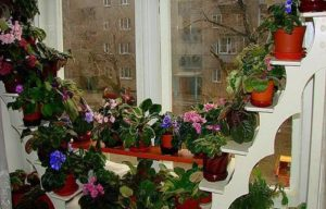 подставка для цветов на окне